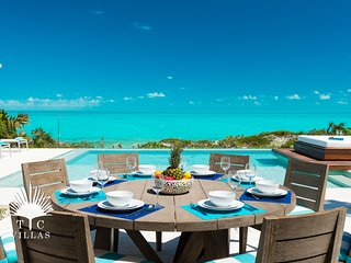 Aguaribay // Luxury Beachfront on Long Bay Beach // Ideal family vacation!
