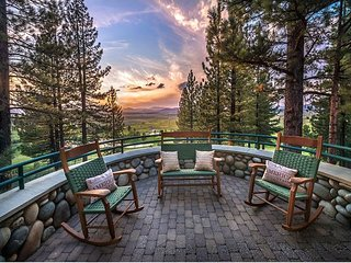 Skidder Trail - Luxury 4 BR on Northstar Golf Course - Hot Tub & Ski Shuttle