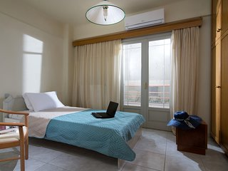 Efrosini Luxure Home -Heraklion city house