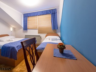 Guesthouse Kolesar - Triple Room