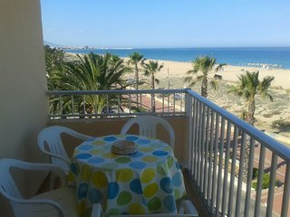 APARTAMENTO PLAYA NORTE, FRENTE AL MAR