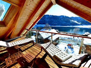 Weissenseer Suite · 180m² penthouse: lake view, private beach & spa