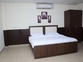 7 Days Service Apartment (Deluxe King Room 2)