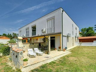 1 bedroom Apartment in Medulin, Istria, Croatia : ref 5579284
