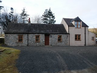 Romantic Retreat-stunning cottage on the outskirts of Leadhills