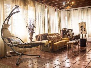 Rustic Villa: Room 7