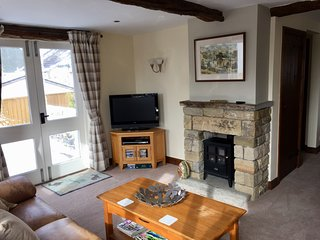 Underfloor heating throughout the ground floor. Electric fire for effect, property always warm!
