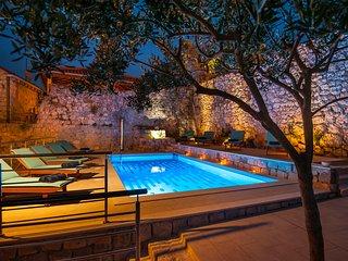 California apartments - 02 - Dubrovnik