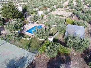 AGRO-TURISMO  ECOLOGICO  EL CORTIJILLO  ideal para excursiones por Andalucia