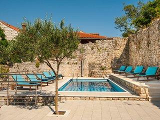 California apartments - 03 - Dubrovnik