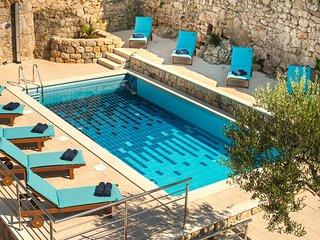 California apartments - 01- Dubrovnik