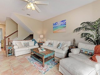 Spacious home with private heated pool only a short distance from the beach!