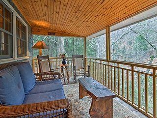 'Waterfall Cottage' w/ Views of Cane Creek Falls!