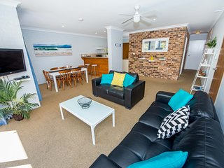 Tristani, Bay Parklands, Unit 73/2 Gowrie Avenue
