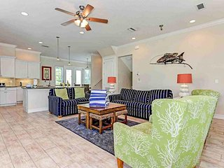 Dog-friendly house with private pool & hot tub, Gulf views - beach nearby!