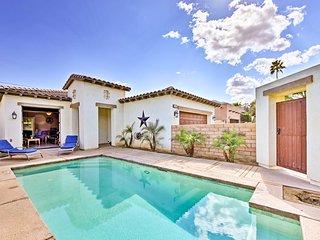 Luxe La Quinta House w/Mountain Views, Yard & Pool