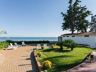 Sulla spiaggia, Villa Calliope - Orange apartment