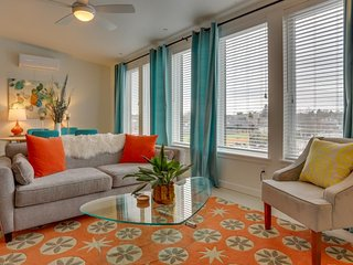 Dog-friendly condo w/ fireplace & amazing Eastside location at Dorian