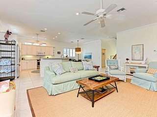 Dog-friendly home w/ private pool - blocks from the beach - near shopping/dining