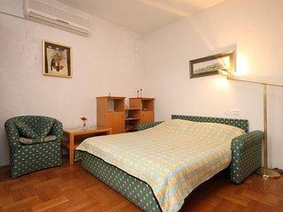 One bedroom apartment Jelsa, Hvar (A-538-d)