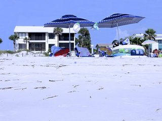 601GDN-ABS. Anna Maria Island 2 Bedroom Condo with Ocean View