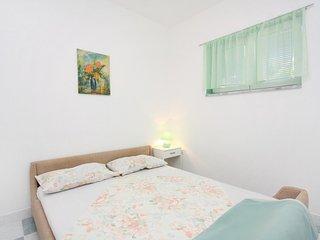 One bedroom apartment Banjol, Rab (A-5071-b)