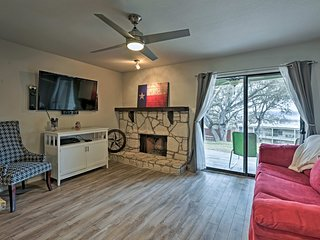 NEW! 1BR Condo w/Resort Pool & Canyon Lake Views!