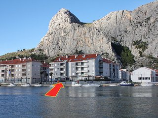 Two bedroom apartment Omis (A-3253-a)