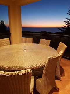 Serene sunsets, superb cocktails mix for your enjoyment like no other