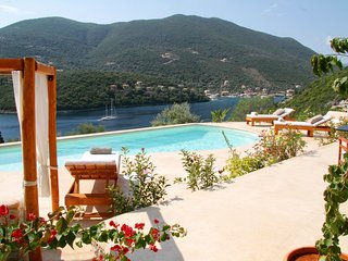Villa and Free Boat for September  - Amapola Villas - Phos
