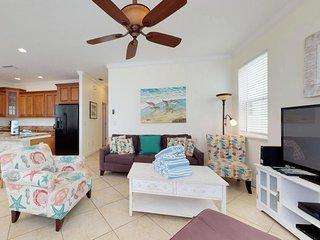 Elegant house w/ private lagoon pool, island views & easy beach access!