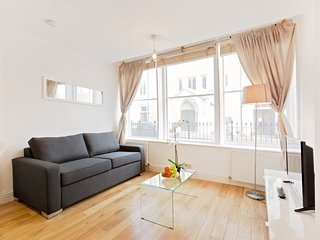 120. IN THE HEART OF MARYLEBONE CLOSE TO HYDE PARK - LOVELY 2BR HOUSE!