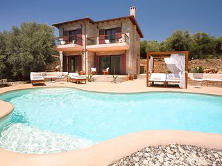Luxury Villa with Sea Access - Amapola Villas  - Agapi