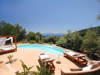 Villa & Boat- May's Special Offer - Amapola Villas