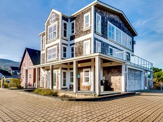 Elegant home w/ hot tub, sauna & ocean views - entirely accessible w/ elevator!