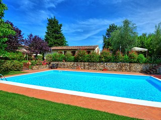 3 bedroom Villa in Taviano, Tuscany, Italy : ref 5242172