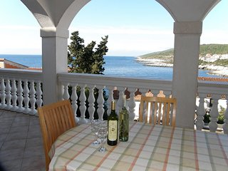 3 bedroom Villa in Zavalatica, Dubrovačko-Neretvanska Županija, Croatia : ref 55