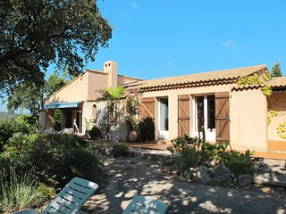 3 bedroom Villa in Grimaud, Provence-Alpes-Côte d'Azur, France : ref 5435970