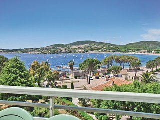 4 bedroom Apartment in Agay, Provence-Alpes-Cote d'Azur, France : ref 5539101