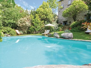 4 bedroom Villa in Castel San Vincenzo, Molise, Italy : ref 5540959