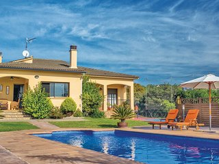 4 bedroom Villa in Tordera, Catalonia, Spain : ref 5538631