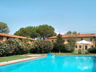 2 bedroom Apartment in Pieve a Nievole, Tuscany, Italy : ref 5447268