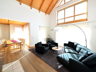 100m² apartment Latschur 1 with private beach and spa
