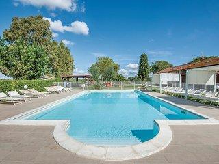 3 bedroom Apartment in Fattoria Grancia, Tuscany, Italy : ref 5523575