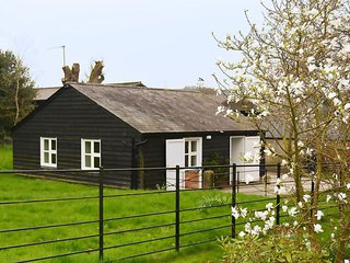 Stable Cottage - Holiday Cottages in Wiltshire