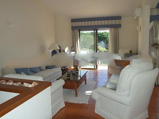 2 bedroom Apartment in Vale do Garrao, Faro, Portugal : ref 5000252