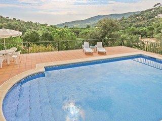 4 bedroom Villa in Calonge, Catalonia, Spain - 5550203