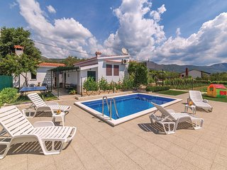 2 bedroom Villa in Novi Stafilić, Splitsko-Dalmatinska Županija, Croatia : ref 5