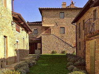 2 bedroom Apartment in Anghiari, Tuscany, Italy : ref 5476927