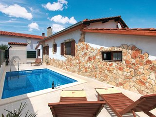 2 bedroom Villa in Fondole, Istria, Croatia : ref 5543938